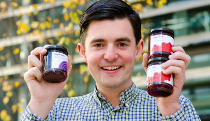 Conquers world with healthy jams