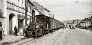 Loco & train in Agnita Main Street (Trevor Rowe - 1966)