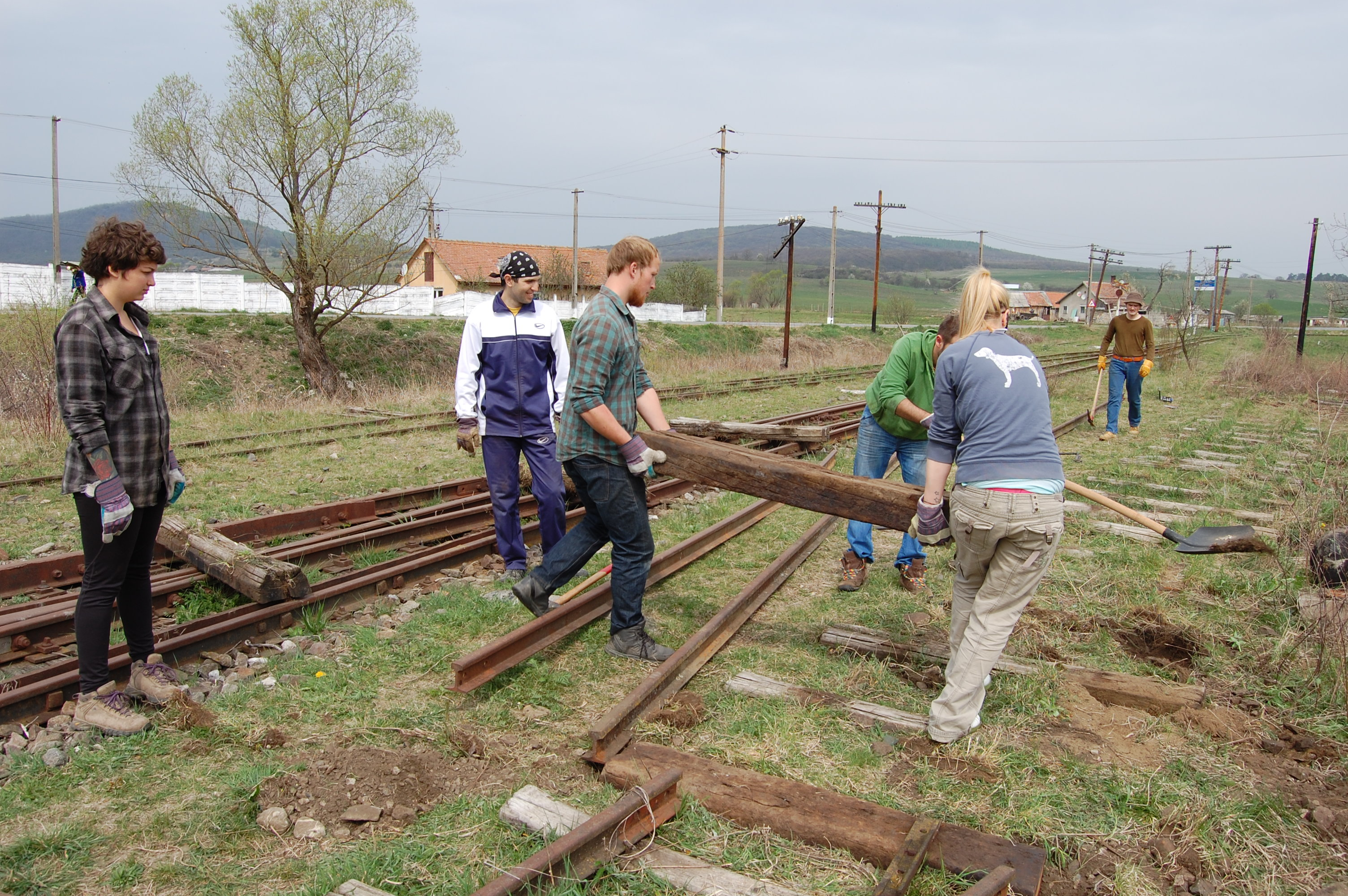 Prietenii Mocanitei: preserving and restoring the Sibiu-Agnita narrow gauge railway as a tourist attraction